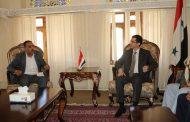 وفد من الهيئة الإعلامية لأنصار الله واتحاد الإعلاميين اليمنيين يهنئ سوريا بالانتصار التاريخي في حلب