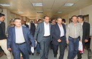 وزير الإعلام يطلع على سير العمل بمؤسسة الثورة للصحافة وأوضاع الموظفين